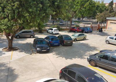 Parking trasero